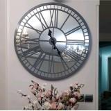 ساعت ام دی اف و آینه